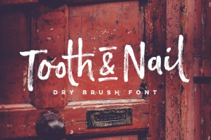 Tooth & Nail Dry Brush Font