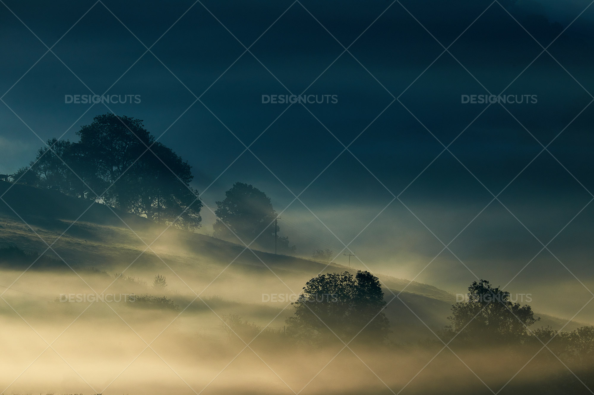 Misty British Country Hillsides At Dawn 10